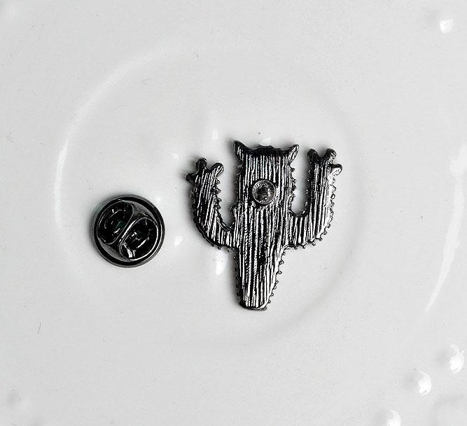 Брошь-значок «Котокактус»