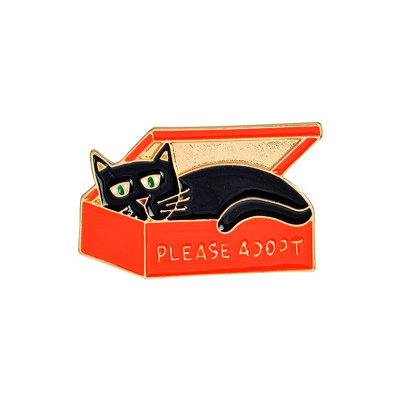 Брошь-значок «Кот в коробке»