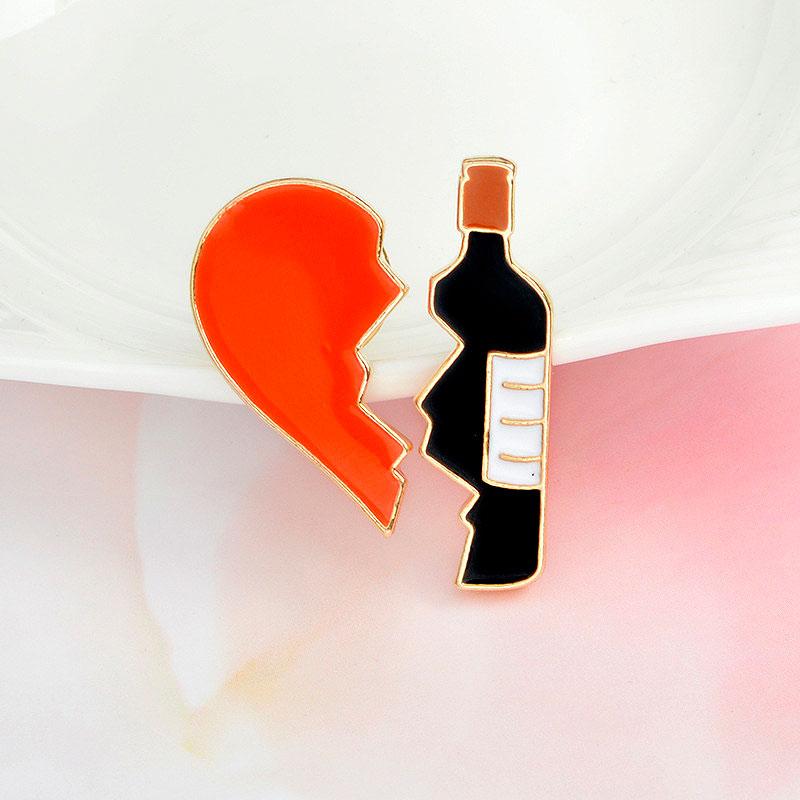 Брошь-значок «Разбитое сердце»