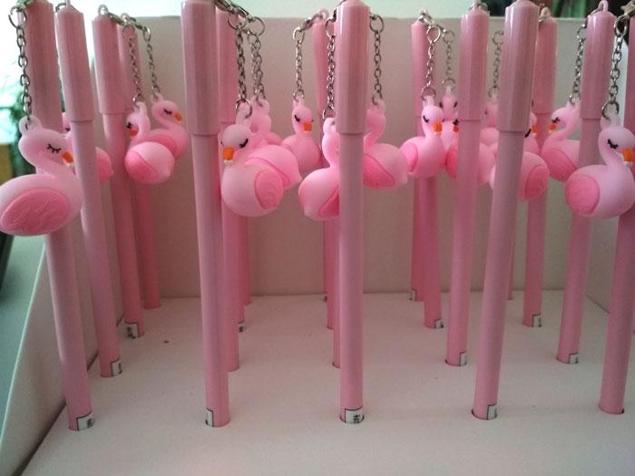 Ручка с брелком «Cute flamingo»