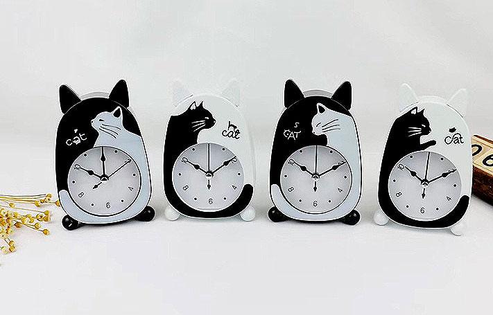 Будильник «Черно-белый кот»
