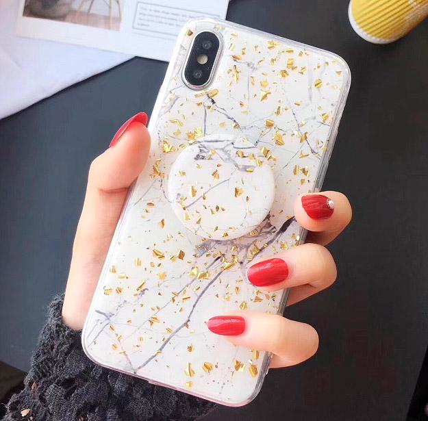 Чехол для iPhone с попсокетом