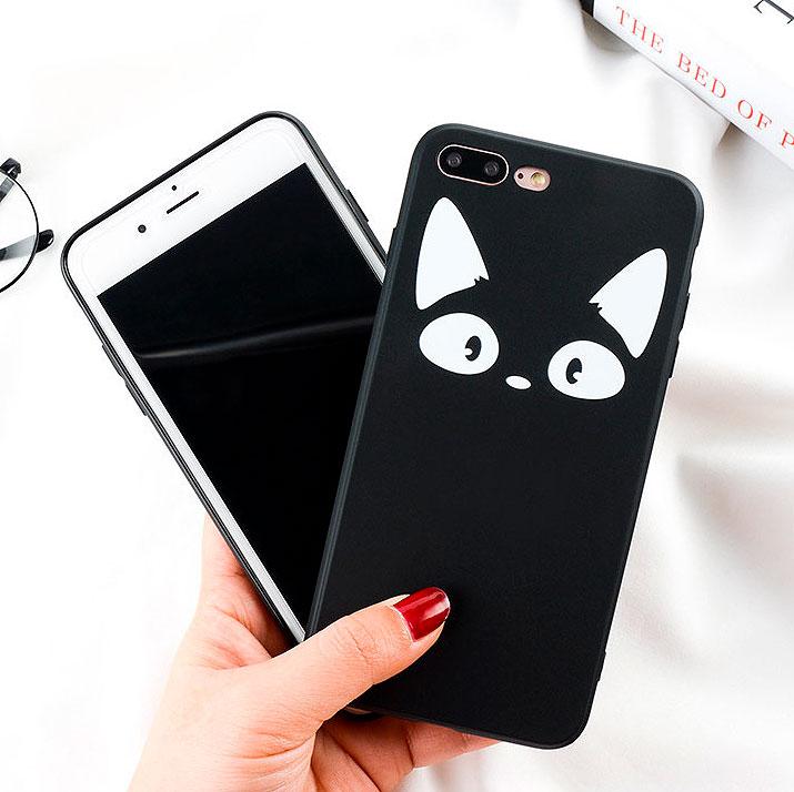 Чехол для iPhone «Кот в темноте»