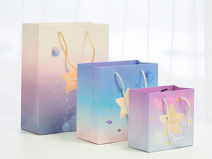 Подарочный пакет «Star» средний