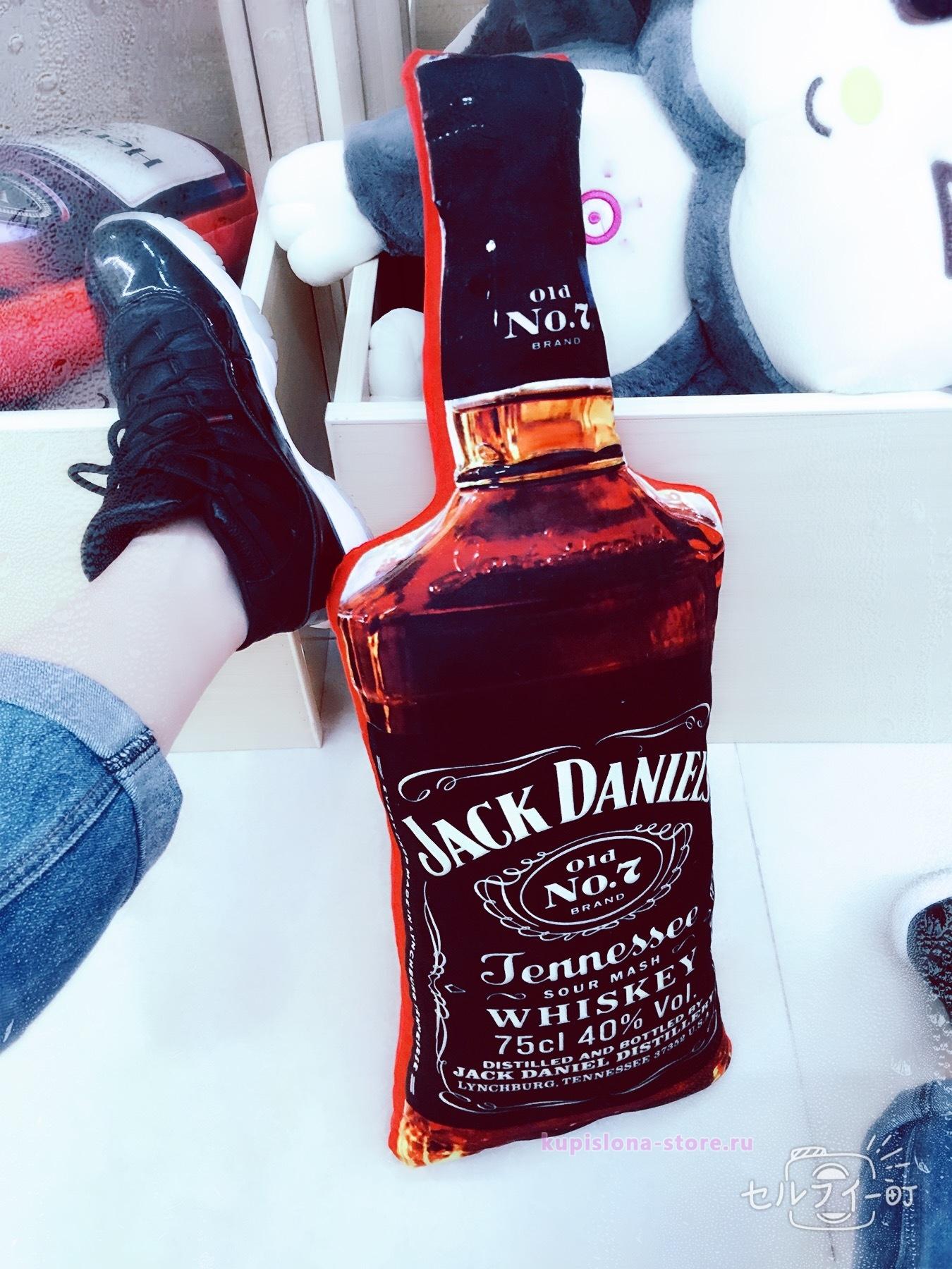 Подушка «Alcohol»