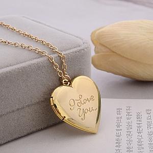 Кулон на цепочке «I love you»