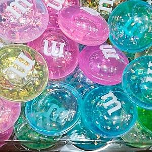 Кристальный слайм M&M's с блестками