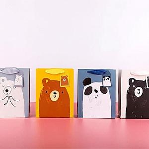 Подарочный пакет «Drawn by a bear» маленький