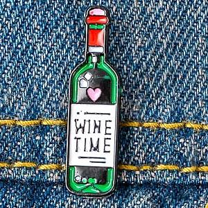 Брошь-значок «Wine time»
