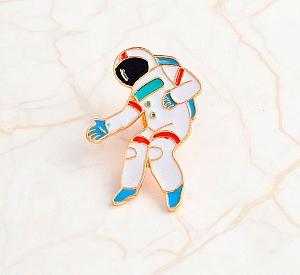 Брошь-значок «Космонавт»