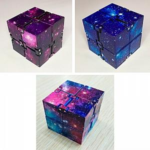 Бесконечный куб «Космос»