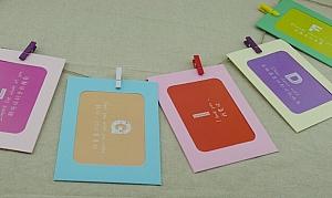 Набор из 7 фоторамок и прищепок «Color»