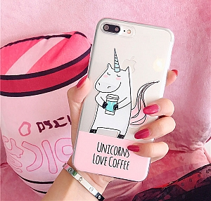 Чехол для iPhone «Unicorns love coffee»