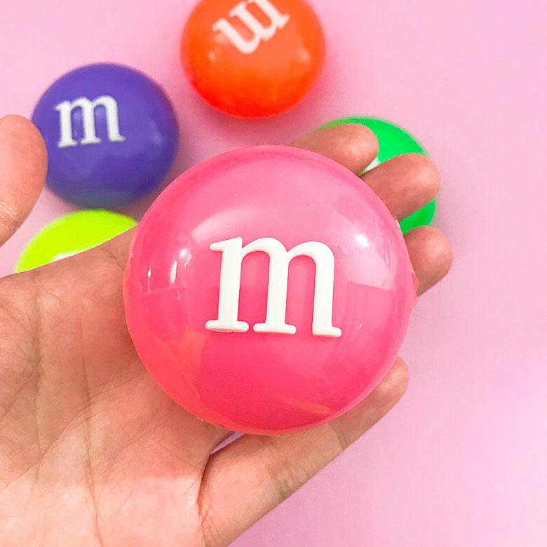 Кристальный слайм M&M's