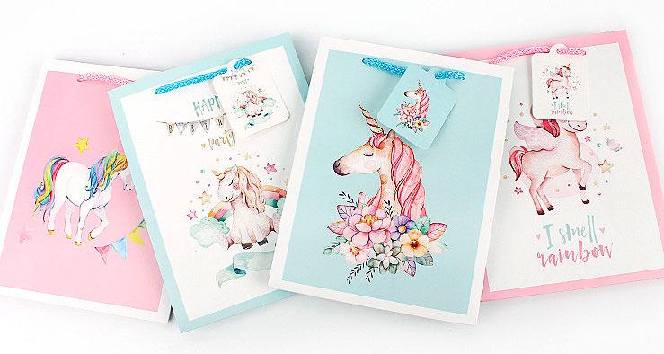 Подарочный пакет «Unicorn party» средний