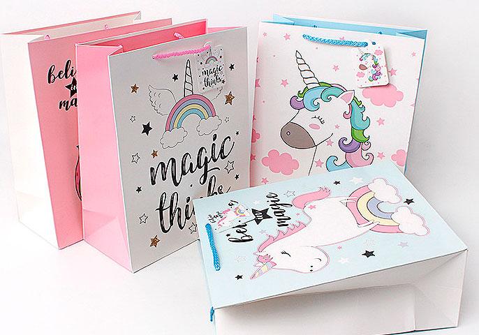 Подарочный пакет «Magic things» средний